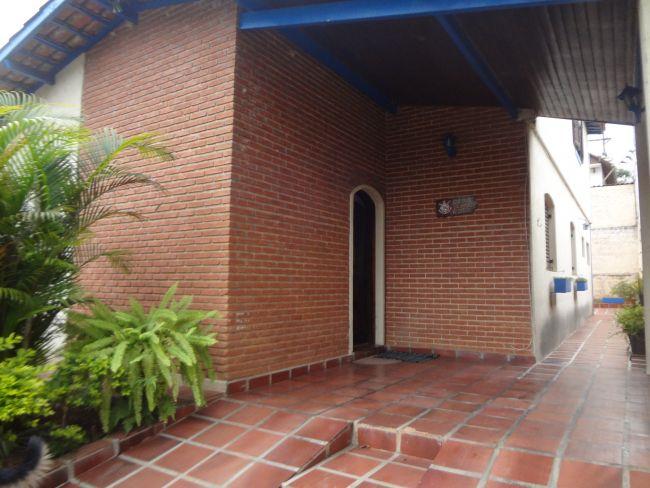 Sobrado Jardim Marquesa (Flórida) 4 dormitorios 4 banheiros 2 vagas na garagem